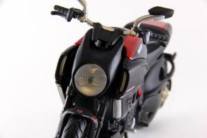Прикрепленное изображение: Ducati Diavel Carbon (9).JPG