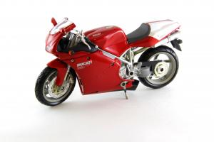Прикрепленное изображение: Ducati 998S (1).JPG