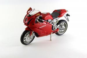 Прикрепленное изображение: Ducati 999 Testastretta (1).JPG