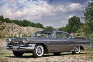 Прикрепленное изображение: Dodge Polara Hardtop Coupe  1960.jpg