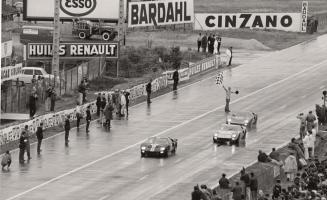 Прикрепленное изображение: ford-gt40-le-mans-1966-4-1024x626.jpg