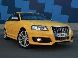 Прикрепленное изображение: 2008 Audi S3 Sportback (AU) 003.jpg