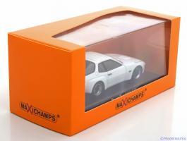 Прикрепленное изображение: Porsche-924-Carrera-GT-Maxichamps-940-066121-4.jpg