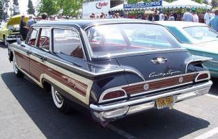 Прикрепленное изображение: Ford Country Square - 1960.02.jpg