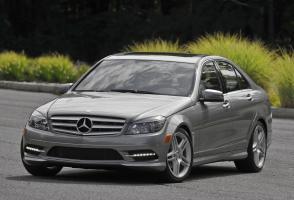 Прикрепленное изображение: Mercedes-benz-C300-2011-4.jpg
