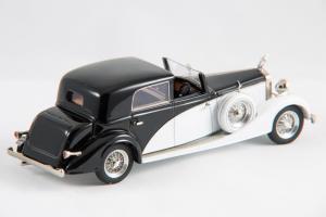 Прикрепленное изображение: 1936 K6 coupe chauffeur 02.JPG