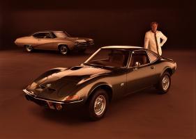 Прикрепленное изображение: 1969 Buick GS coupe & 1969 Opel GT coupe_005.jpg