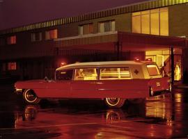 Прикрепленное изображение: 1964 ambulance.jpg
