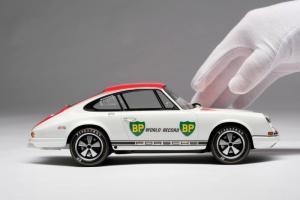 Прикрепленное изображение: al_Porsche-R-1967b.jpg
