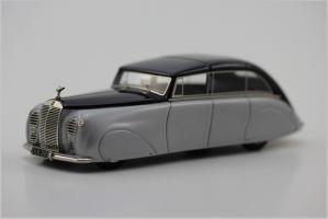 Прикрепленное изображение: Rolls-Royce-Silver-Wraith-1947-Gulbenkian-4_tn.jpg