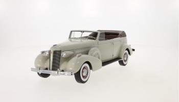 Прикрепленное изображение: 1937 Buick Roadmaster 80-C Four-Door Phaeton 01.jpg