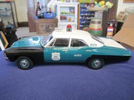 Прикрепленное изображение: 1967 Biscayne NYPD 04.jpg