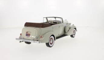 Прикрепленное изображение: 1937 Buick Roadmaster 80-C Four-Door Phaeton 03.jpg