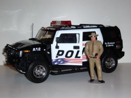 Прикрепленное изображение: HUMMER_H2_police_03.JPG