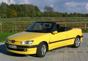 Прикрепленное изображение: Peugeot_306_Cabrio_02.jpg