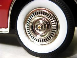 Прикрепленное изображение: 1955 Chrysler Imperial-12.JPG