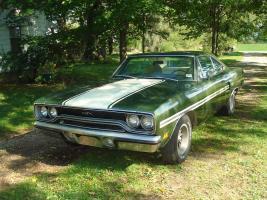 Прикрепленное изображение: 1970 Plymouth GTX-22.jpg