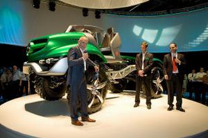 Прикрепленное изображение: Unimog-60-Mercedes-Benz.jpg