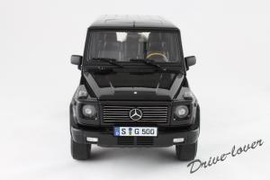 Прикрепленное изображение: Mercedes-Benz G500 Autoart for Mercedes-Benz B6 696 2143_04.jpg