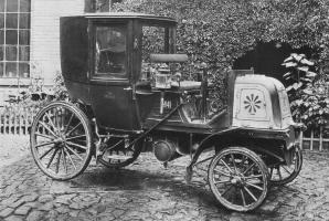 Прикрепленное изображение: Daimler Taxi 001.jpg