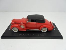 Прикрепленное изображение: 1938 Packard Twelve Convertible Victoria.jpg