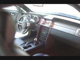Прикрепленное изображение: Ford_Mustang_01.jpg