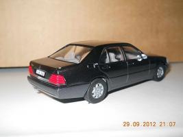 Прикрепленное изображение: Colobox_Mercedes-Benz_600SE_W140_CEF~04.jpg