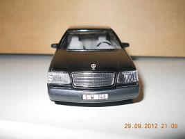 Прикрепленное изображение: Colobox_Mercedes-Benz_600SE_W140_CEF~07.jpg