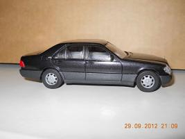 Прикрепленное изображение: Colobox_Mercedes-Benz_600SE_W140_CEF~08.jpg