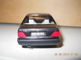 Прикрепленное изображение: Colobox_Mercedes-Benz_600SE_W140_CEF~09.jpg