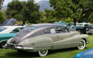 Прикрепленное изображение: 1948-Buick-Roadmaster-rvr-vi.jpg