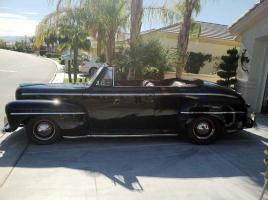 Прикрепленное изображение: 1948 Ford Convertible-22.jpg