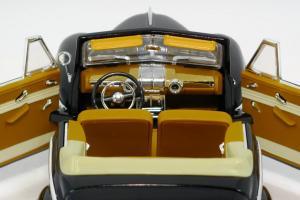 Прикрепленное изображение: 1948 Ford Convertible-7.JPG