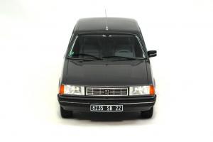 Прикрепленное изображение: Peugeot 305 GTX-4.JPG