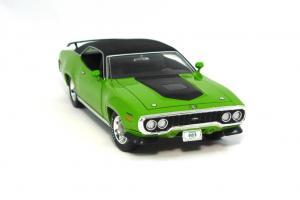 Прикрепленное изображение: 1971 Plymouth GTX-7.JPG