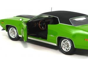 Прикрепленное изображение: 1971 Plymouth GTX-10.JPG