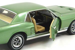 Прикрепленное изображение: 1967 Mustang GT Coupe (9).JPG