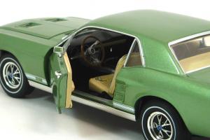 Прикрепленное изображение: 1967 Mustang GT Coupe (8).JPG