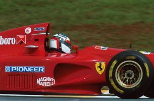 Прикрепленное изображение: 1994-Interlagos-412 T-Alesi-01.jpg