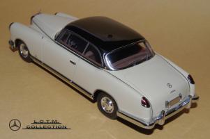 Прикрепленное изображение: 135. 1955 W186 300b Pininfarina Coupe (NEO) (3).JPG