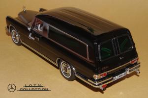 Прикрепленное изображение: 132. 1963 W100 600 Bestattungswagen (Schuco) (3).JPG