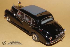 Прикрепленное изображение: 134. 1955 W186-III 300b Konrad Adenauer (Minichamps) (3).JPG