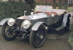 Прикрепленное изображение: 1912 Rolls-Royce Silver Ghost \'London to Edinburgh\' Torpedo Tourer.jpg