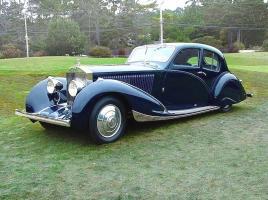 Прикрепленное изображение: 1932 Rolls Royce Phantom II Continental by Figoni & Falaschi Blue Frt Qtr.jpg