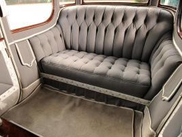 Прикрепленное изображение: autowp.ru_rolls-royce_silver_ghost_40_50_double_pullman_limousine_by_barker_4.jpg