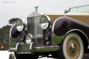 Прикрепленное изображение: 47_Rolls_Silver_Wraith_Inskip_Cabio_TV_05_Pbl_03.jpg