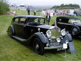 Прикрепленное изображение: HJ_Mulliner_Rolls-Royce_Phantom_III_Saloon_3AX79_1937_03.jpg