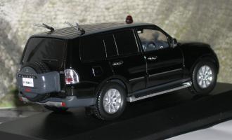 Прикрепленное изображение: Vip guard police car 2010 .JPG