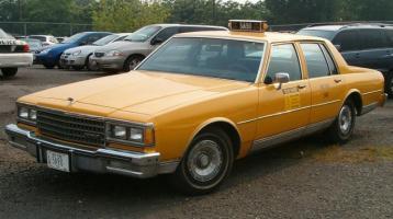 Прикрепленное изображение: chevy-nyc-taxi-1980.jpg