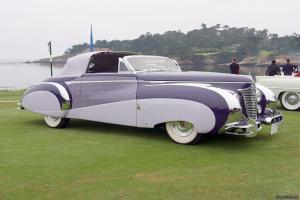 Прикрепленное изображение: Saoutchik Cadillac Series 62 Three Position Convertible 1948.jpg